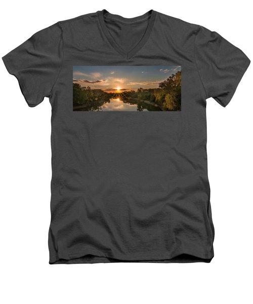 Mississippi Sunset Double Starburst Men's V-Neck T-Shirt