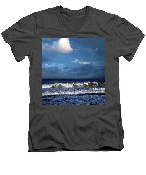 Nor'easter Blowin' In Men's V-Neck T-Shirt