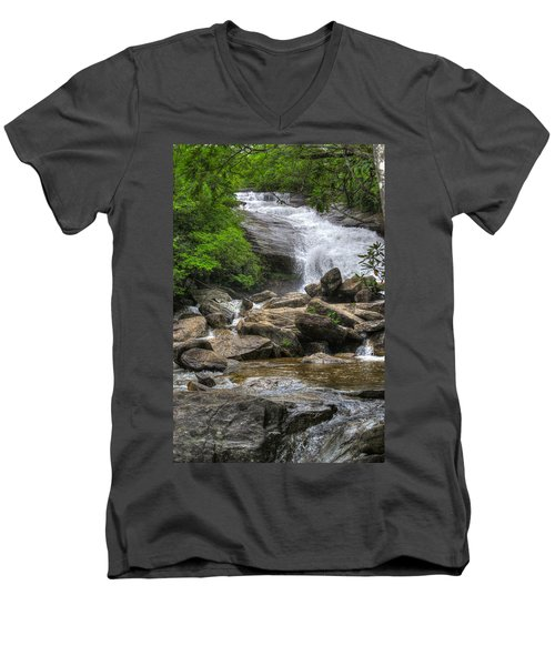 North Carolina Waterfall Men's V-Neck T-Shirt