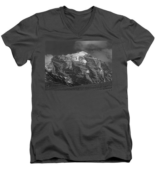 203553-north Face Mt. Temple Bw Men's V-Neck T-Shirt