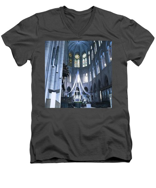 Notre Dame Altar Teal Paris France Men's V-Neck T-Shirt