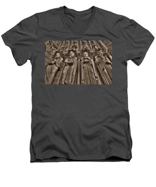 Notre Dame Facade Detail Men's V-Neck T-Shirt