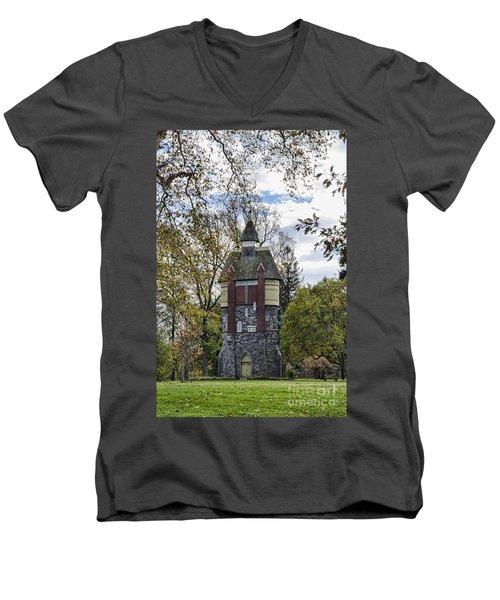 Oakbourne Tower Men's V-Neck T-Shirt