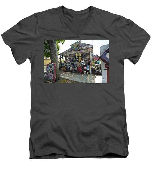Oj House Men's V-Neck T-Shirt