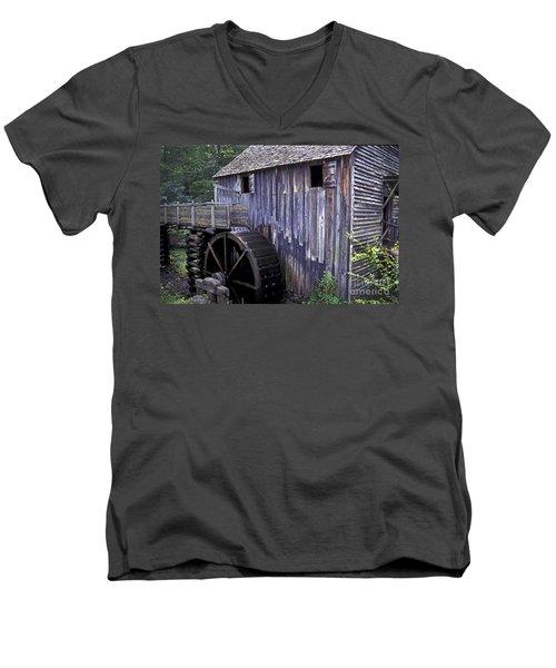 Old Cades Cove Mill Men's V-Neck T-Shirt