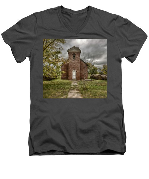 Old Church In Fall Men's V-Neck T-Shirt