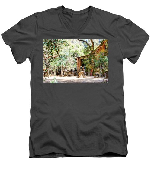 Old Farm Building Men's V-Neck T-Shirt