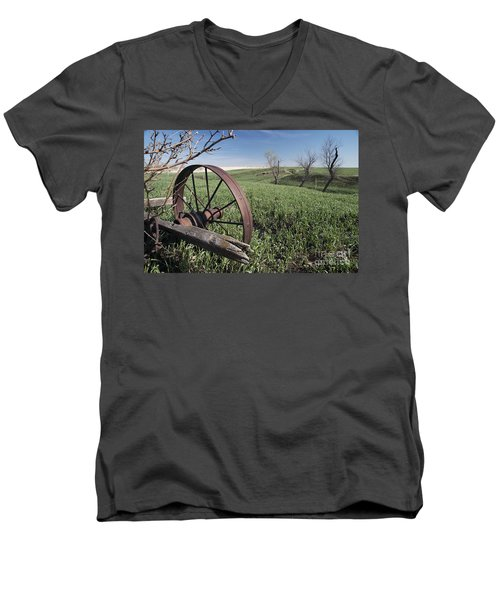 Old Farm Wagon Men's V-Neck T-Shirt by Art Whitton
