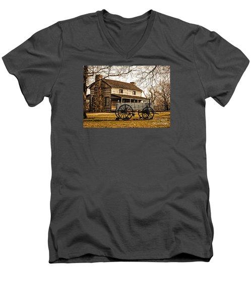 Old Log Cabin In Autumn Men's V-Neck T-Shirt