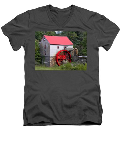 Men's V-Neck T-Shirt featuring the photograph Old Mill Of Guilford by Sandi OReilly