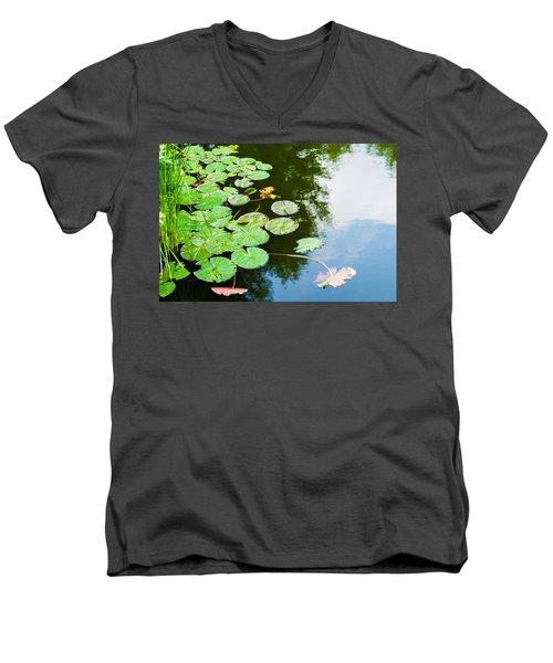 Old Pond - Featured 3 Men's V-Neck T-Shirt