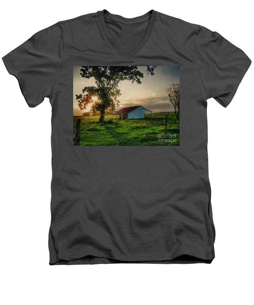 Old Shed Men's V-Neck T-Shirt by Savannah Gibbs