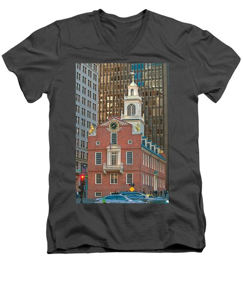 Old State House Men's V-Neck T-Shirt