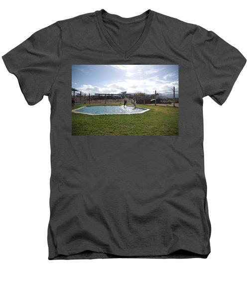 Out Of Africa  Tiger Splash 5 Men's V-Neck T-Shirt