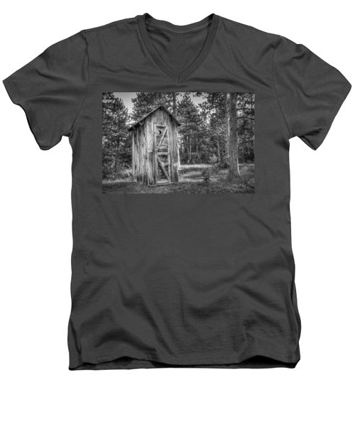 Outdoor Plumbing Men's V-Neck T-Shirt