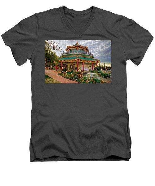Pagoda In Norfolk Virginia Men's V-Neck T-Shirt