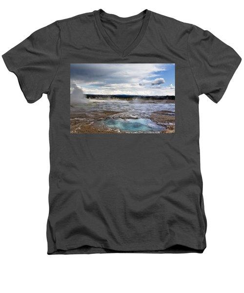 Paint Pots Men's V-Neck T-Shirt