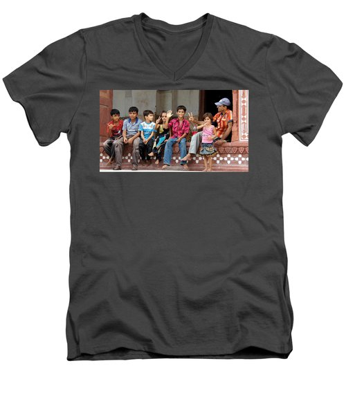 Pakistani Kids Men's V-Neck T-Shirt