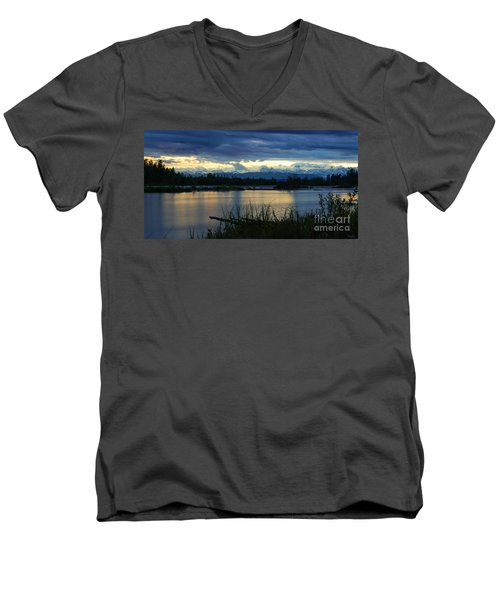 Pano Denali Midnight Sunset Men's V-Neck T-Shirt