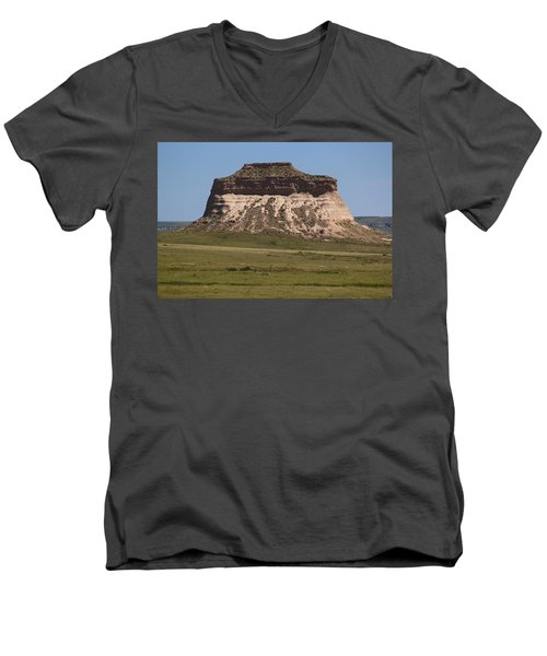 Pawnee Buttes Men's V-Neck T-Shirt