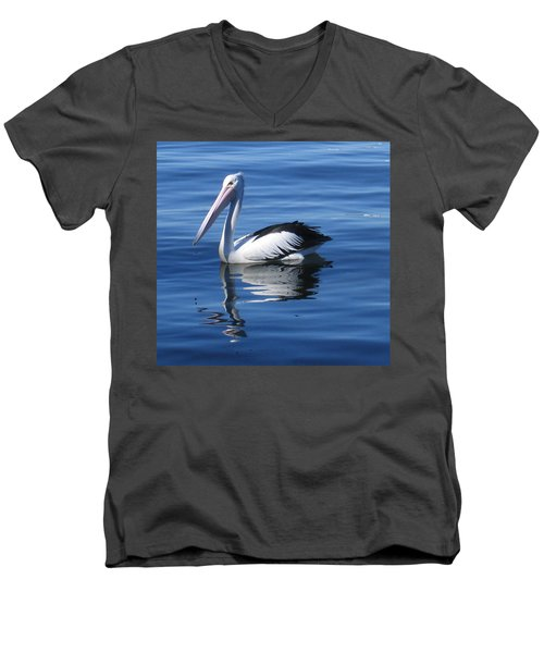 Pelican Men's V-Neck T-Shirt