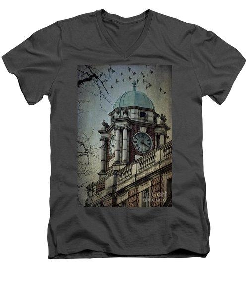 Philadelphia Tour Men's V-Neck T-Shirt
