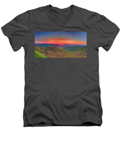 Pink Sunrise At Skyline Drive Men's V-Neck T-Shirt