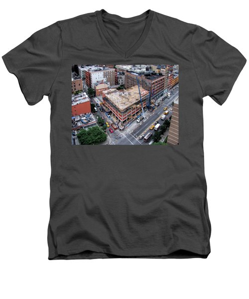 Placing Concrete Forms Men's V-Neck T-Shirt