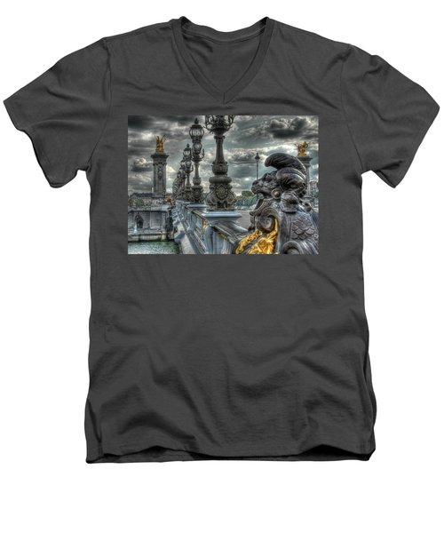 Pont Alexandre IIi  Men's V-Neck T-Shirt