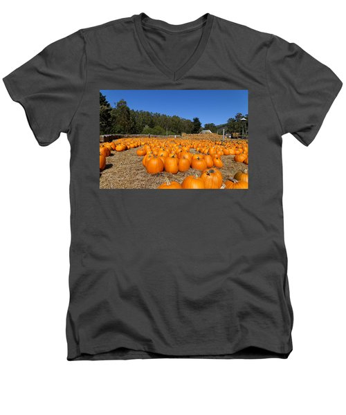 Pumpkin Farm Men's V-Neck T-Shirt