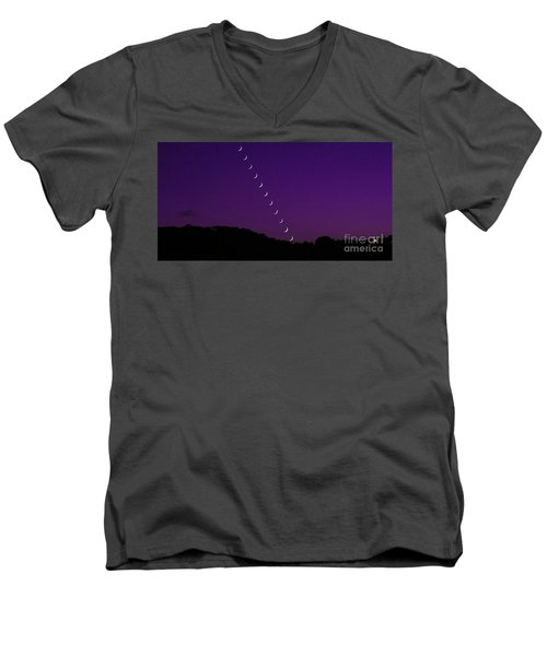 Purple Moon Setting In West Men's V-Neck T-Shirt