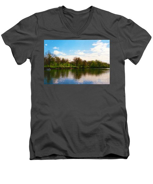 Rappahannock River I Men's V-Neck T-Shirt