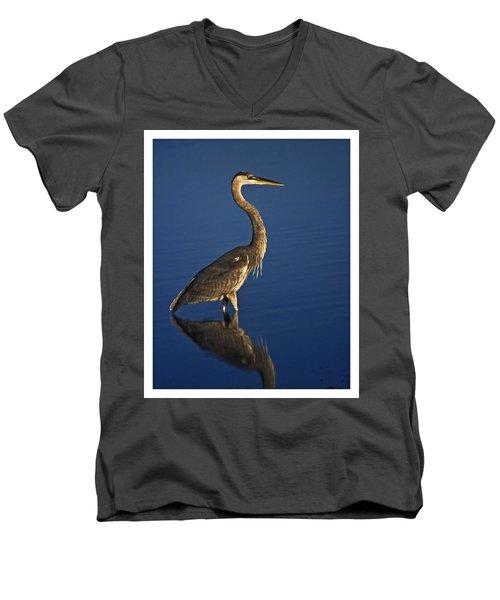Red Heron Wading Men's V-Neck T-Shirt