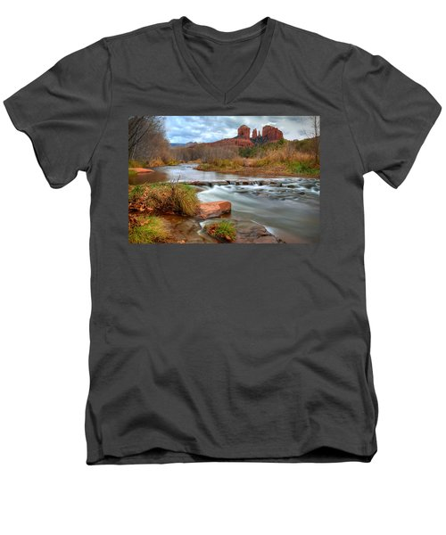 Red Rock Crossing Men's V-Neck T-Shirt