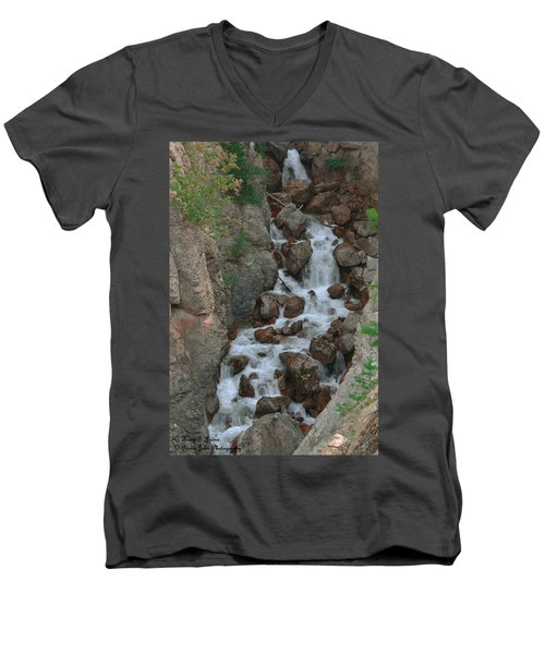 Red Rock Falls Men's V-Neck T-Shirt