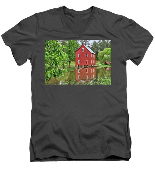 Reflections Of A Retired Grist Mill Men's V-Neck T-Shirt