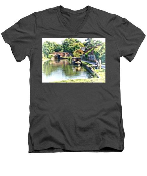 Relaxation Men's V-Neck T-Shirt
