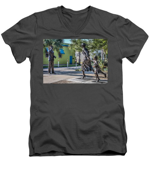 Running For The Train Men's V-Neck T-Shirt