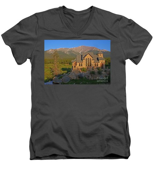 Saint Malo Chapel Men's V-Neck T-Shirt