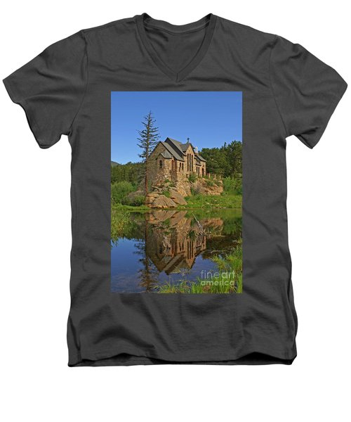 Saint Malo Reflection Men's V-Neck T-Shirt