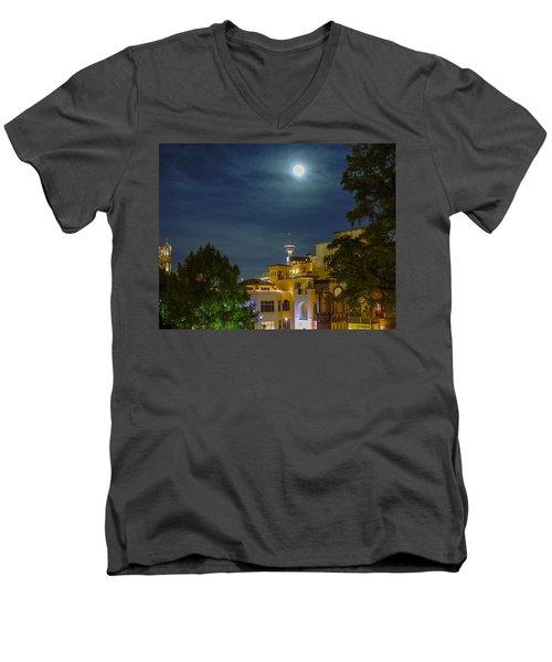 San Antonio Cityscape Men's V-Neck T-Shirt