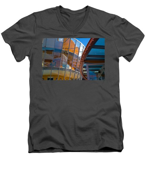 San Francisco Childrens Museum Men's V-Neck T-Shirt