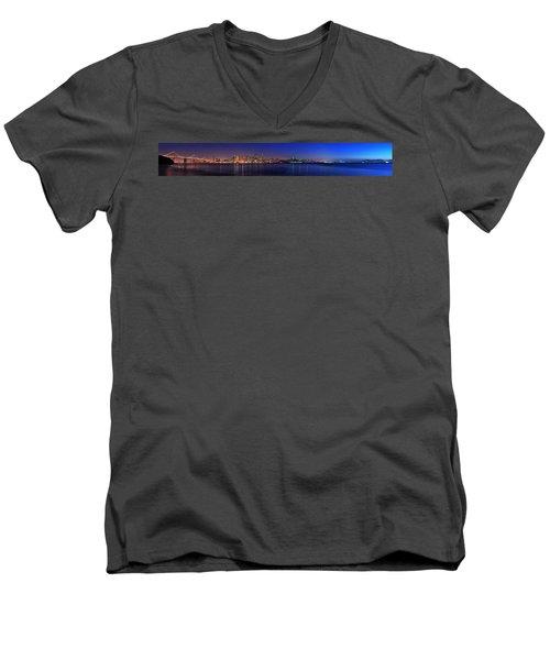 San Francisco Dusk Panorama Men's V-Neck T-Shirt