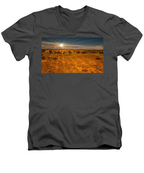 Santa Fe Landscape Men's V-Neck T-Shirt