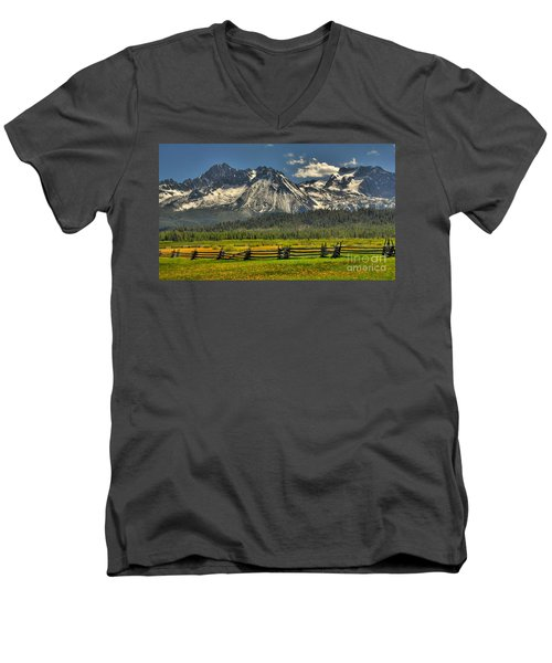 Sawtooth Mountains Men's V-Neck T-Shirt