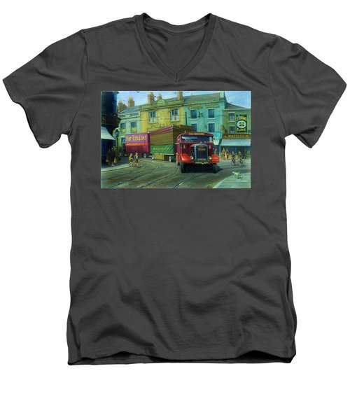Scammell Showtrac Men's V-Neck T-Shirt