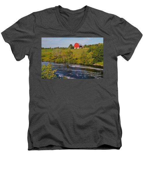 Midwest Farm Men's V-Neck T-Shirt
