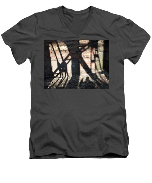 Shadowcat Men's V-Neck T-Shirt