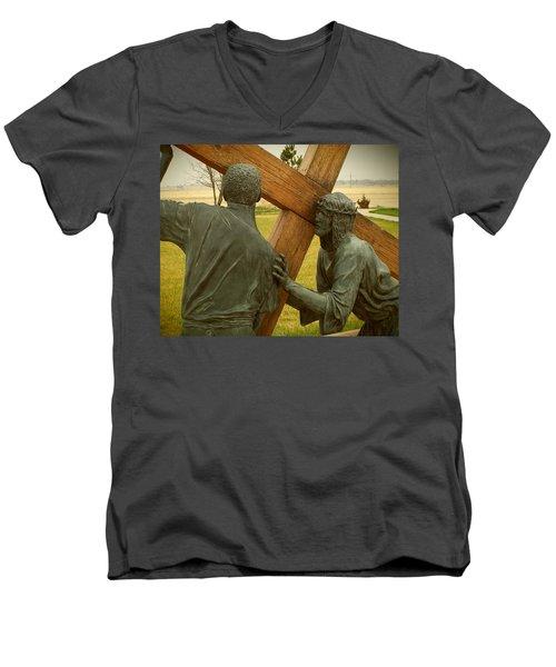 Simon Helps Jesus Carry His Cross Men's V-Neck T-Shirt
