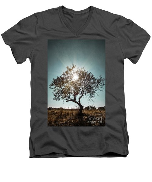 Single Tree Men's V-Neck T-Shirt